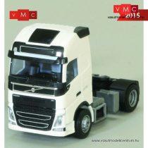 AWM 893901 Volvo FH Globetrotter XL 2012 nyergesvontató (H0)