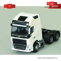 AWM 893951 Volvo FH Globetrotter XL 2012 háromtengelyes nyergesvontató (H0)
