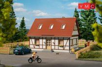 Auhagen 11455 Favázas családi ház (H0)