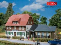 Auhagen 12239 Falusi vendégház (H0/TT)
