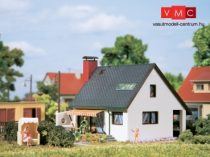 Auhagen 12246 Családi ház Carmen (H0/TT)