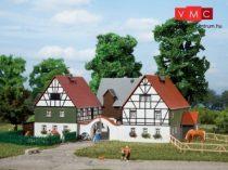 Auhagen 12257 Falusi gazdaság (H0/TT)