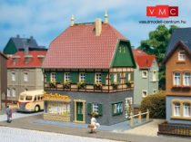Auhagen 12347 Lakóház üzlettel (H0/TT)