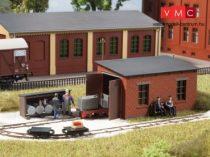 Auhagen 41708 Fűtőház üzemanyagtöltő állomással gazdasági vasúthoz (H0)