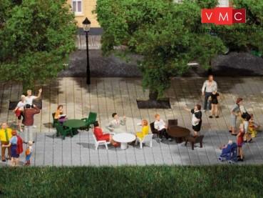 Auhagen 42647 18 kerti asztal, 54 kerti szék (H0/TT)