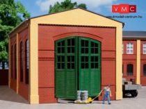 Auhagen 80505 Dekorlap, téglafal gyárkapuval 2326A téglavörös, zöld ajtókkal, 2 db
