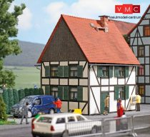 Busch 1666 Favázas emeletes lakóház - LC (H0)
