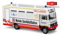 Busch 40705 Mercedes-Benz LP809, mozgó mentőállomás - DRK (H0)