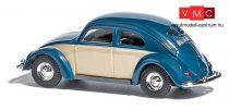 Busch 42780 Volkswagen Käfer (bogár) 1951, perecablakos, kétszínű kék/fehér (H0)