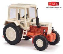 Busch 51307 Belarus MTZ-82 traktor, bézs/piros (H0)