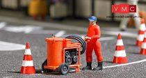 Busch 7806 Action-Set: Útburkolati jelfestő gép figurával és kiegészítőkkel (H0)