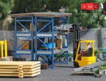 Busch 7845 Villástargonca raktárossal és építési anyagokkal (H0)