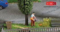Busch 7853 Kertész benzinmotoros fűkaszával (H0)