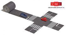 Busch 9795 Aszfaltozott útburkolat kereszteződéssel, 2 db személyautóval (N)