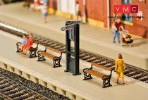 Faller 120233 Vonatnem-táblák állomási peronra, padokkal