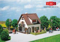 Faller 130200 Családi ház tetőtéri ablakkal