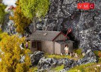 Faller 130292 Alpesi menedékház (H0)