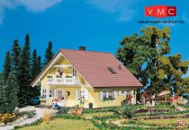Faller 130397 Családi ház, Familia