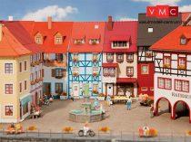 Faller 130495 Emeletes kisvárosi sorházak (2 db), egyik erkéllyel