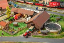 Faller 130574 Modern vidéki gazdasági épületek (H0)