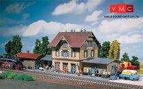 Faller 212107 Vasútállomás Güglingen melléképülettel