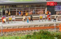 Faller 222111 Modern állomási peron, kiegészítőkkel (N)