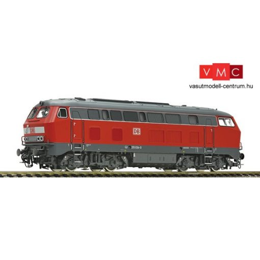 Fleischmann 424075 Dízelmozdony BR 215, közlekedéscvörös, DB-AG (E5) - Sound