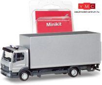 Herpa 013239 Mercedes-Benz Atego 2013, dobozos teherautó, emelőhátfallal, ezüst (H0)