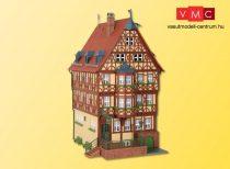 Kibri 38902 Magas favázas ház erkéllyel, Miltenberg