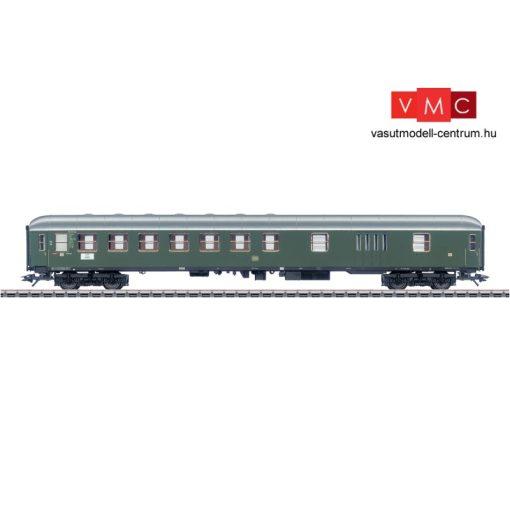 Märklin 43950 Személykocsi, négytengelyes BD4üm-61, zöld, 2. osztály/poggyásztér, DB (E