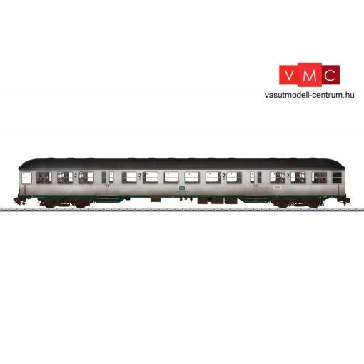 Märklin 58436 Személykocsi, négytengelyes Silberling típus, 2. osztály, DB (E4) (1) - gyá