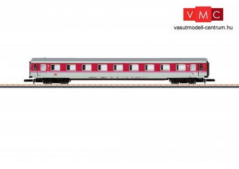 Marklin 87241 Személykocsi, négytengelyes IC, Avmz 111.2 fülkés 1. osztály, DB-AG (E5) (Z)