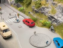 Noch 14388 Közlekedési terelősziget-készlet, jelzőtáblákkal - LC (H0)