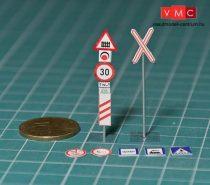 Papírbakter 520 Közúti jelzőtáblák, vasúti átjáró készlet, (1:100)