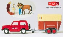 Preiser 33243 Mitsubishi Pajero lószállító utánfutóval, 2 db figurával és lóval (H0)