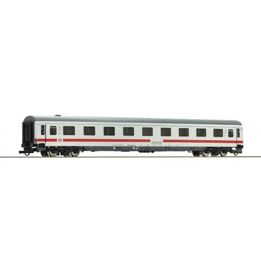 Roco 74653 Személykocsi, négytengelyes Avmz111, fülkés 1. osztály, módosított tetővel,
