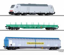 Tillig 1428 Analóg kezdőkészlet: TRAXX dízelmozdony (DB-AG) 2 db teherkocsival, ágyazatos