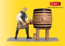 Viessmann 1546 Csapos a söröhordónál - mozgó figura (H0)