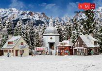 Vollmer 2413 Karácsonyi falu világítással és műhóval (H0)