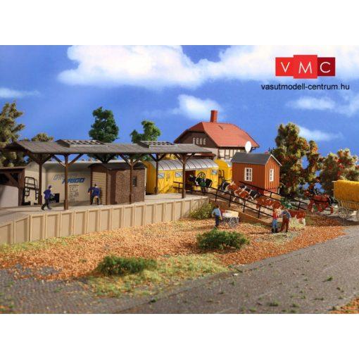 Vollmer 43631 Fedett árurakodó peron, rámpával (H0)
