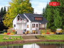 Vollmer 3711 Tóparti családi ház (H0)