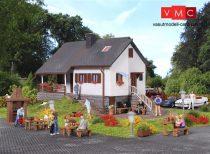 Vollmer 3848 Családi ház a parkban (H0)